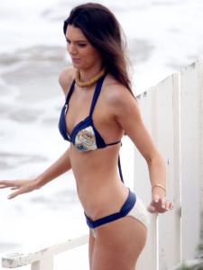 Kendall-Jenner-in-Bikini-2013--21