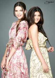 Kylie-Kendall-kylie-jenner-and-kendall-jenner-31278829-760-1080