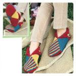 Красивые и оригинальные вязаные носки и тапочки спицами с описанием и схемами