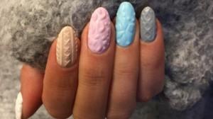 jak-zrobic-sweterkowy-manicure_564f2bca