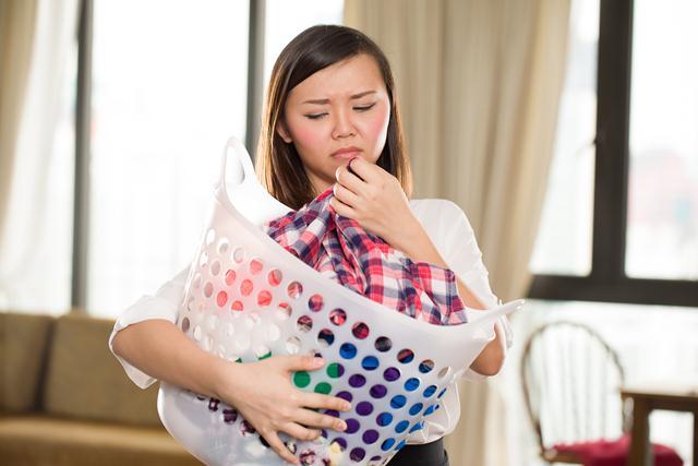 белье неприятно пахнет