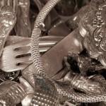 Способы очистки почерневшего серебра в домашних условиях