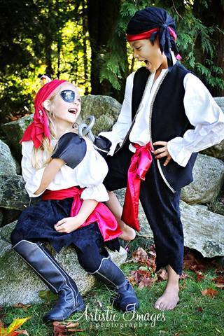 pirates-costumes