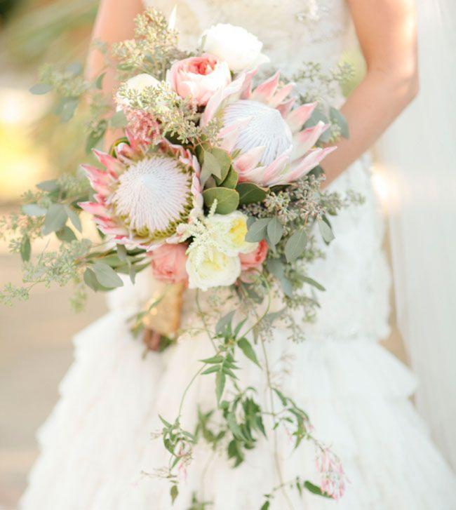 wedding-flower-feature-powerful-proteas-827-int