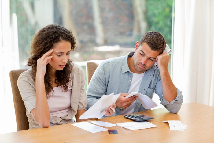 money-stress-couple