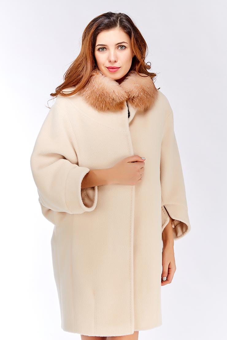 Пальто-кокон с мехом
