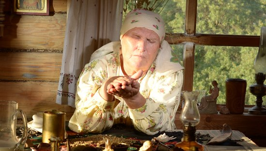 Что представляет собой амулет бабы Нины?